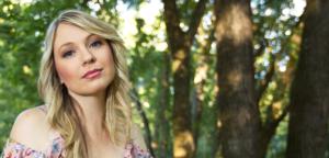 Kristy Cox, bluegrass, Mountain Fever Records, Golden Guitar Awards, Australia - image